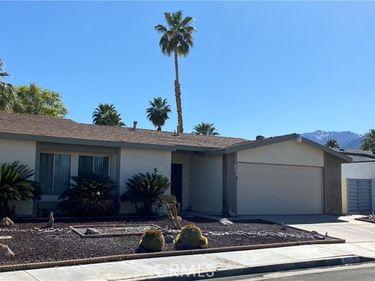 921 Arroyo Vista Drive, Palm Springs, CA, 92264,