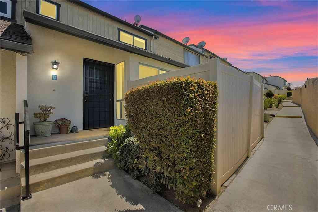 830 W Lambert Road #C, La Habra, CA, 90631,