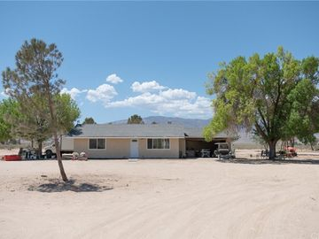 38823 E End Road, Lucerne Valley, CA, 92356,