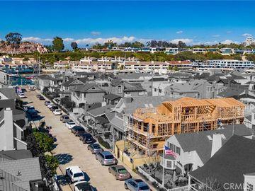 310 Apolena Avenue, Newport Beach, CA, 92662,