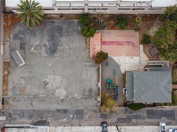 1215 N Ross Street, Santa Ana, CA, 92701,