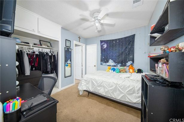 2211 Las Vegas Avenue