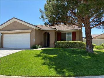 11827 Broad Oak Court, Adelanto, CA, 92301,