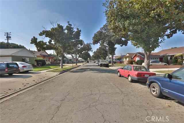 71 W Barclay Street, Long Beach, CA, 90805,