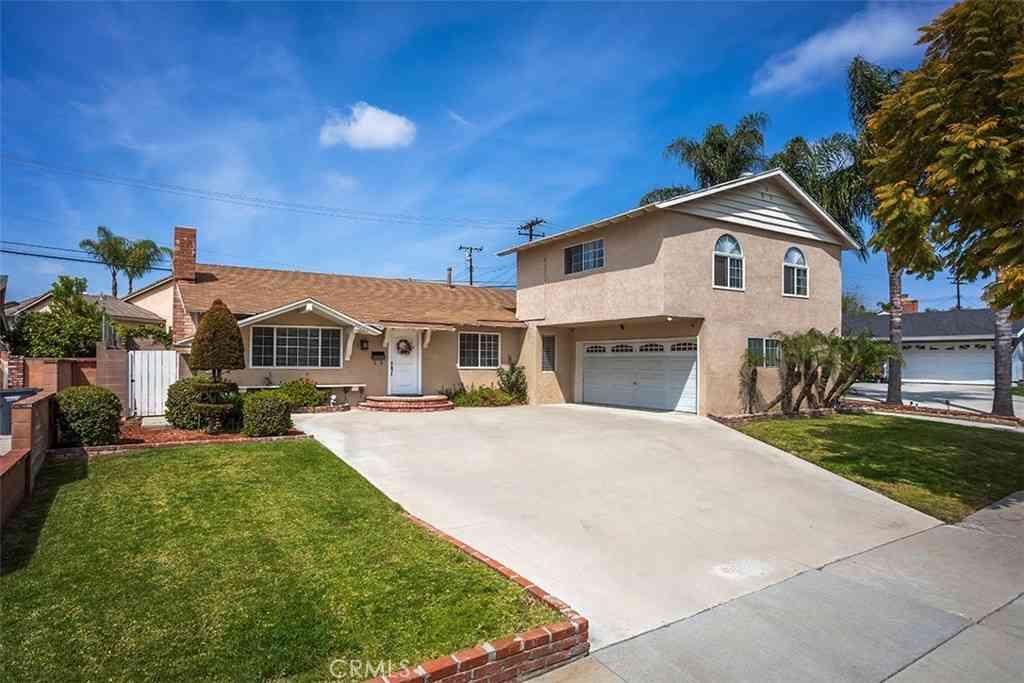 13103 Bluefield Avenue, La Mirada, CA, 90638,