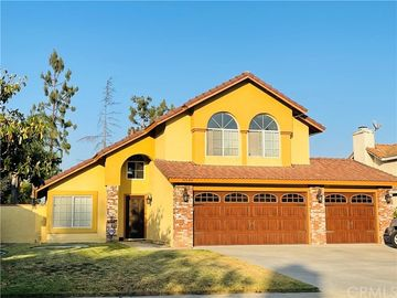 8546 Sandhill Drive, Riverside, CA, 92508,