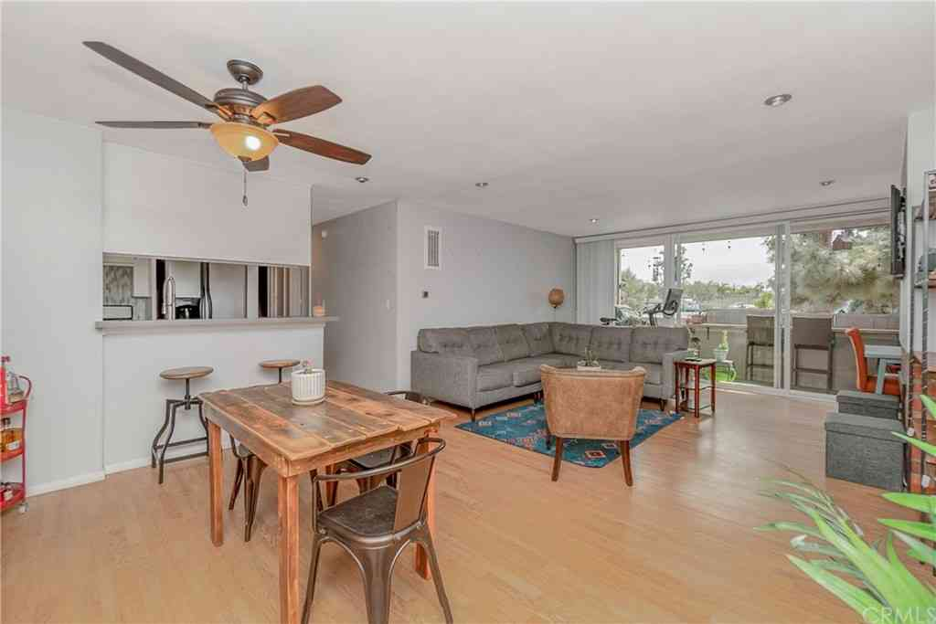 6605 Green Valley Circle #103, Culver City, CA, 90230,