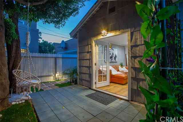 4015 East Massachusetts Street, Long Beach, CA, 90814,