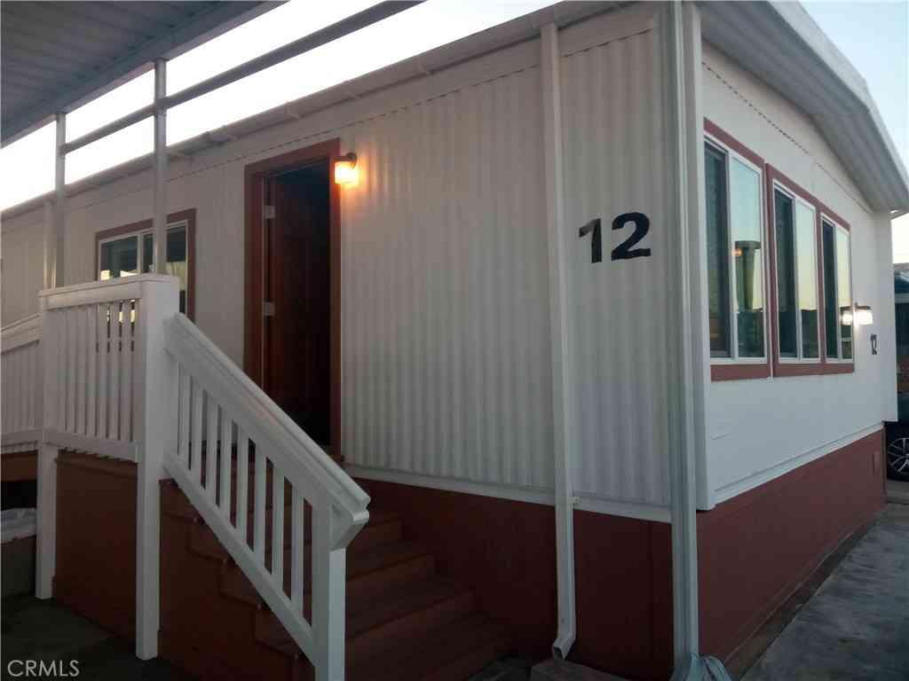 401 W Carson Street #12, Carson, CA, 90745,