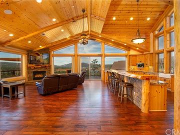 42352 Golden Oak Road, Big Bear Lake, CA, 92315,