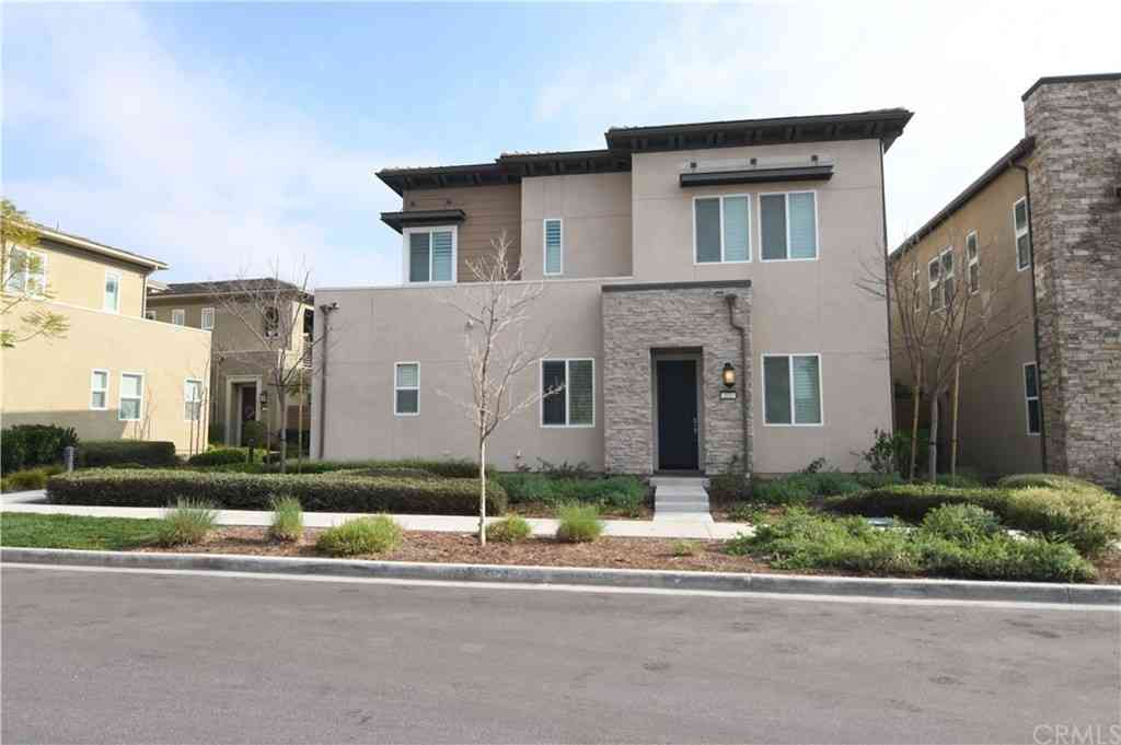 222 Follyhatch, Irvine, CA, 92618,