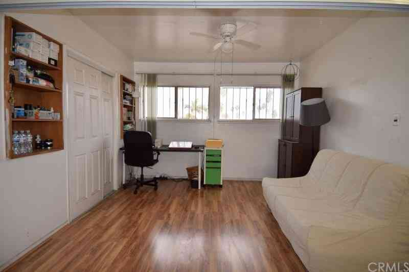 4060 ursula #13, Los Angeles, CA, 90008,
