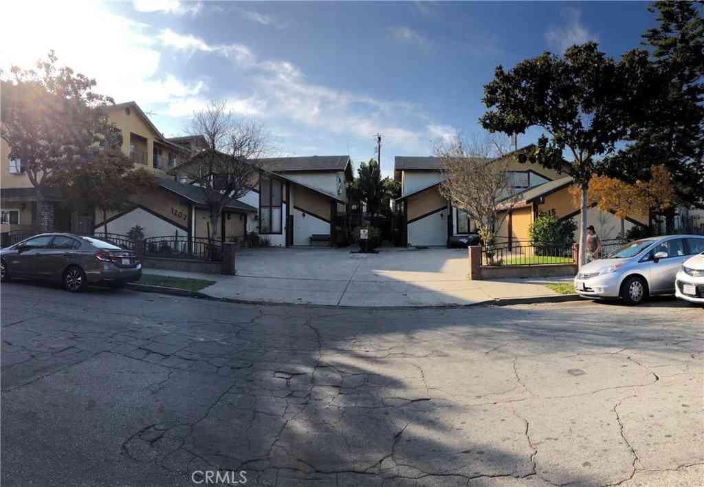 1215 Orizaba Avenue, Long Beach, CA, 90804,