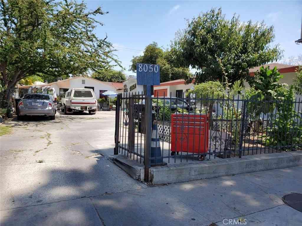 8050 Garfield Avenue, Bell Gardens, CA, 90201,