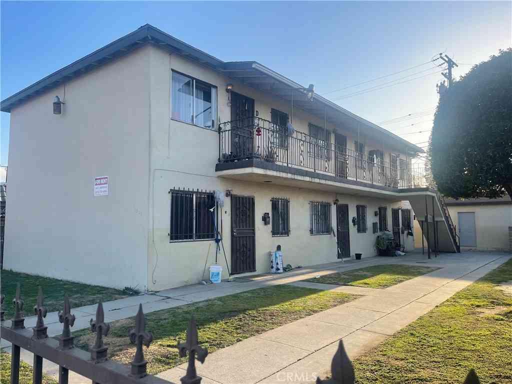 11032 Atlantic Avenue, Lynwood, CA, 90262,