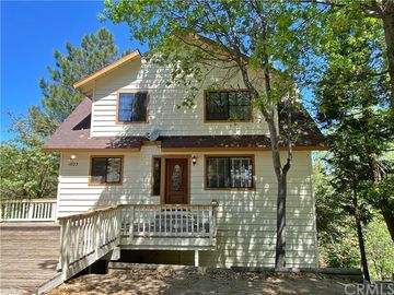 1023 Sandalwood Drive, Lake Arrowhead, CA, 92352,