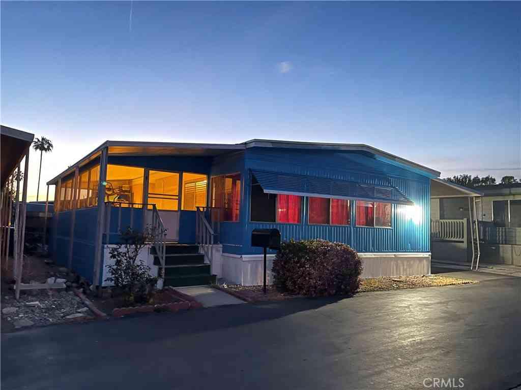 9080 Bloomfield Avenue #61, Cypress, CA, 90630,