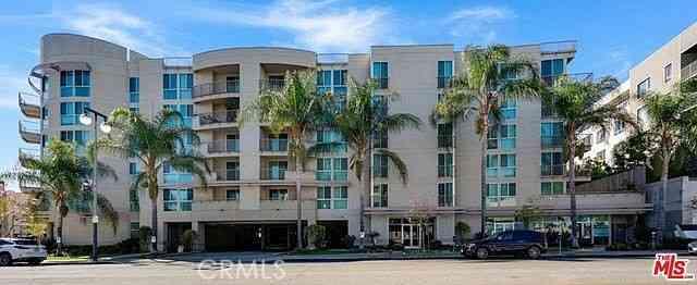 267 S San Pedro Street #208, Los Angeles, CA, 90012,