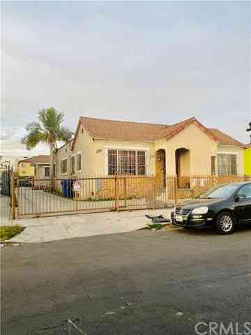 701 W 74th Street, Los Angeles, CA, 90044,