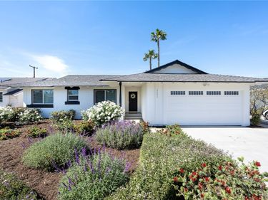 17571 Leafwood Lane, North Tustin, CA, 92780,