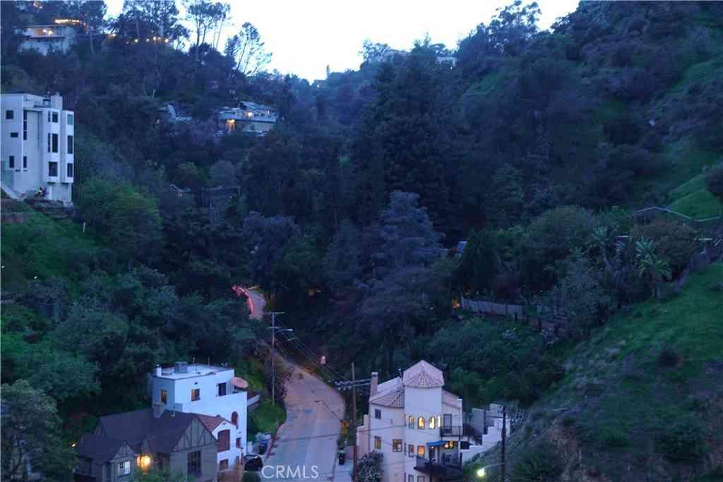 0 Trail, Hollywood Hills, CA, 90046,