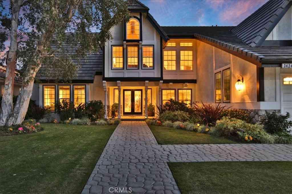 3434 E Woodbine Road, Orange, CA, 92867,