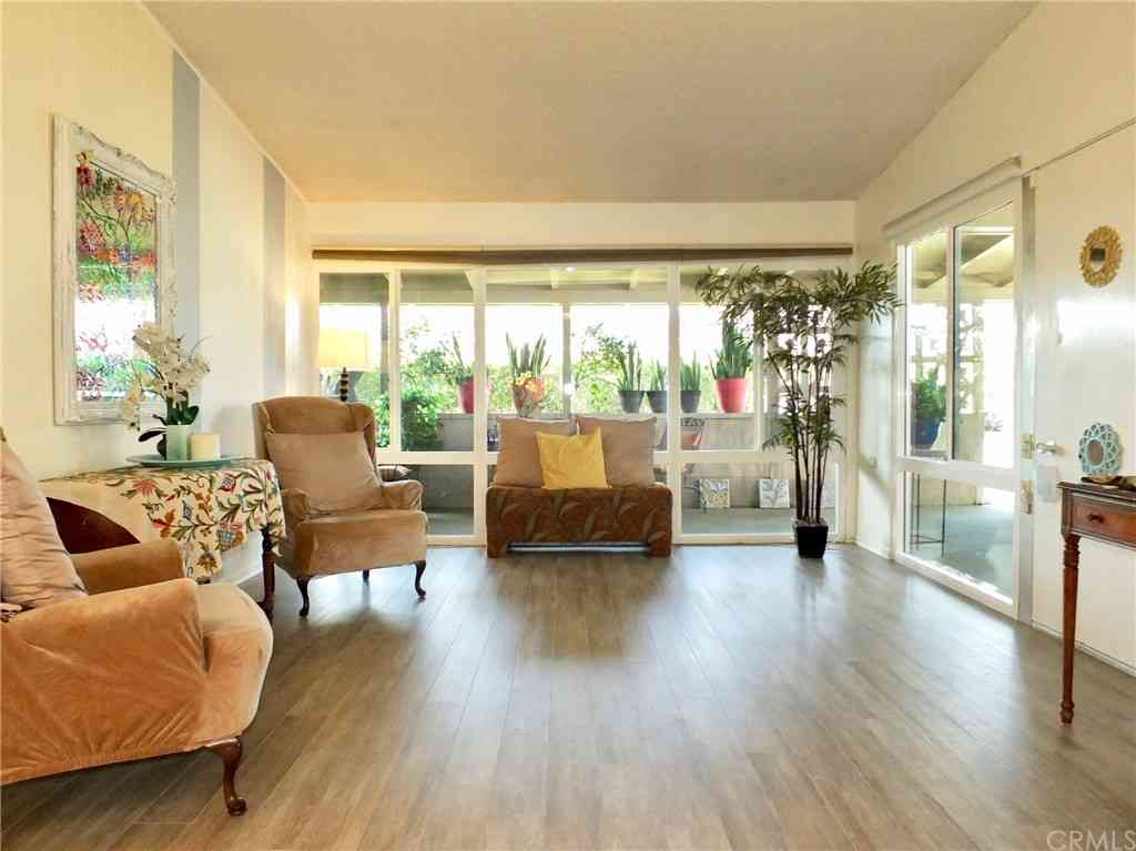1301 Oakmont Road #M7 145L, Seal Beach, CA, 90740,