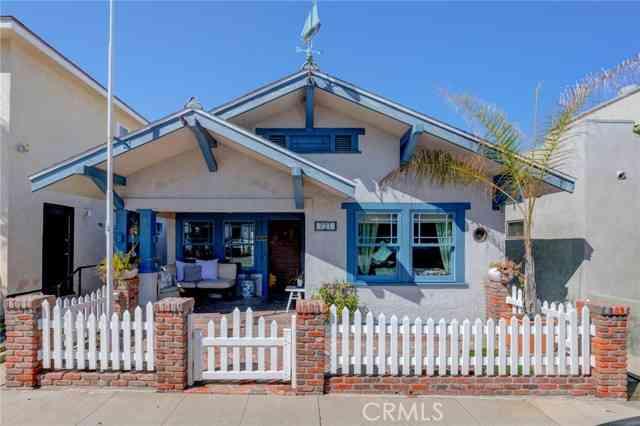 721 Manhattan Avenue, Hermosa Beach, CA, 90254,