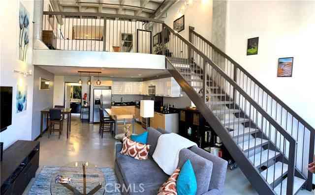 35 North Raymond Avenue #201, Pasadena, CA, 91103,