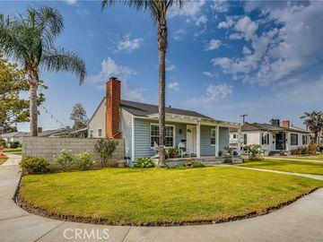 320 East 44th Way, Long Beach, CA, 90807,