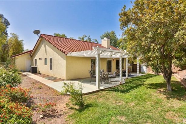 5010 Dominguez Ranch Road