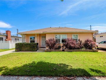 2824 Stanbridge Avenue, Long Beach, CA, 90815,