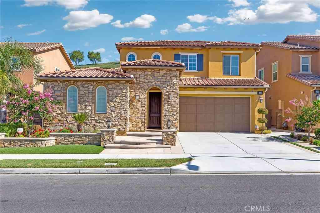 2829 Alamitos Road, Brea, CA, 92821,