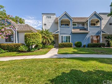 705 East Lugonia Avenue #5, Redlands, CA, 92374,