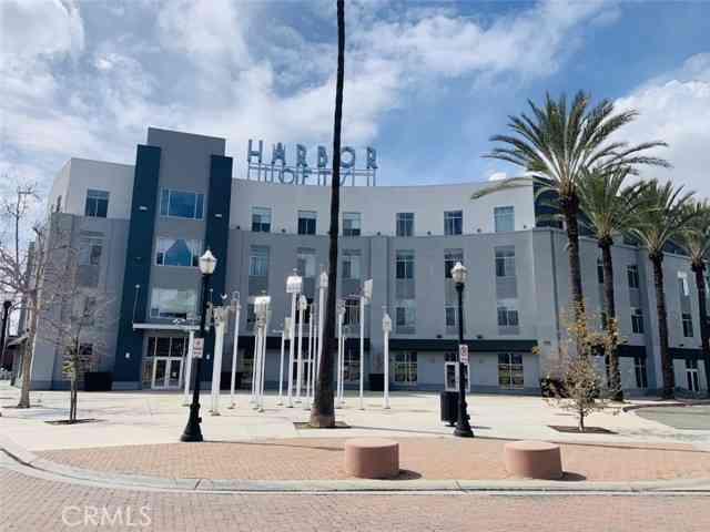 435 West Center Street Promenade #413, Anaheim, CA, 92805,