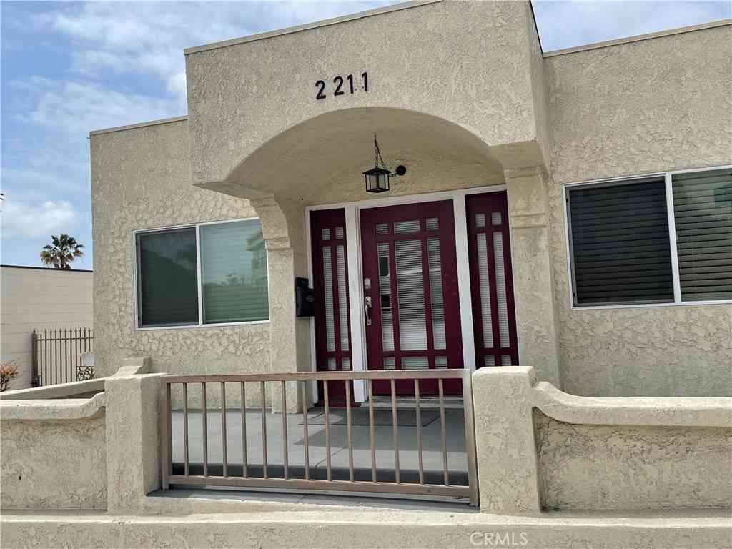 2211 Cherry Avenue, Signal Hill, CA, 90755,