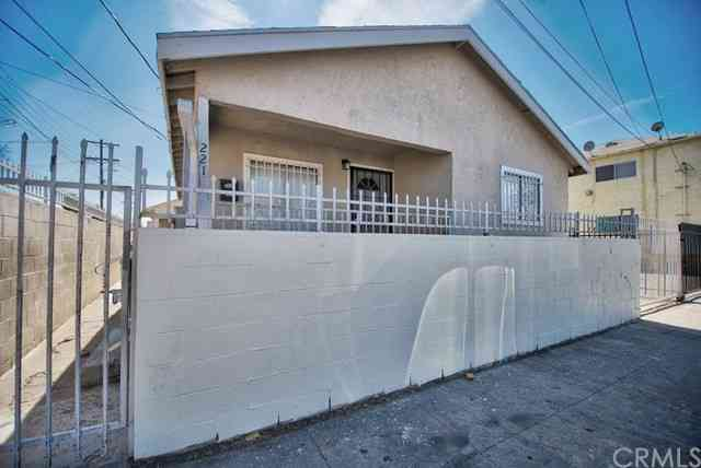 2218 Naomi Avenue, Los Angeles, CA, 90011,