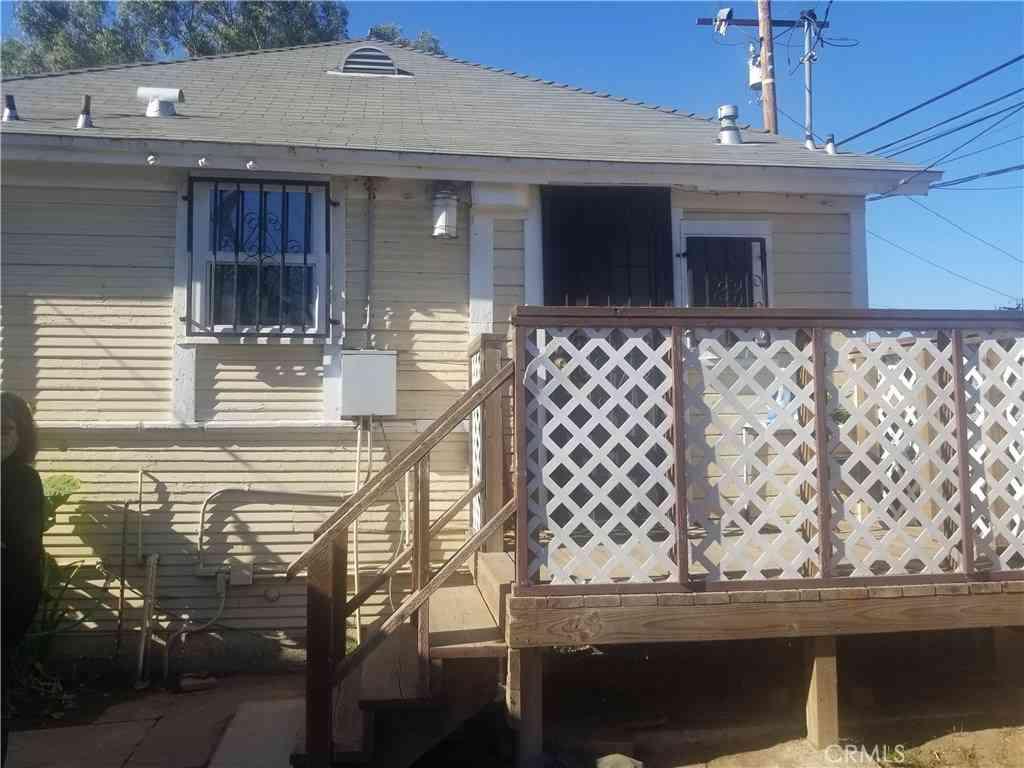 1892 W Gardenia Avenue, Long Beach, CA, 90806,
