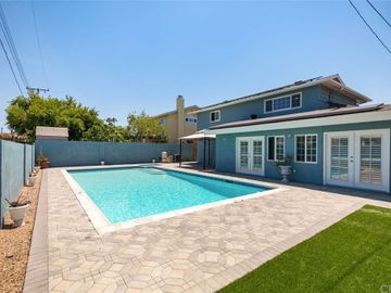 24312 Fordview Street, Lake Forest, CA, 92630,