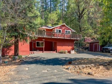 9695 Meadow Drive, Cobb, CA, 95426,