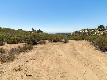 1048 Rolling Hills Drive, Aguanga, CA, 92536,