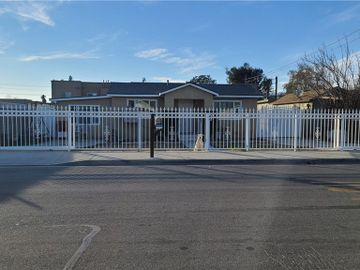 7386 Rogers Lane, Highland, CA, 92410,