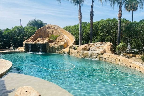22580 Snow Water Place