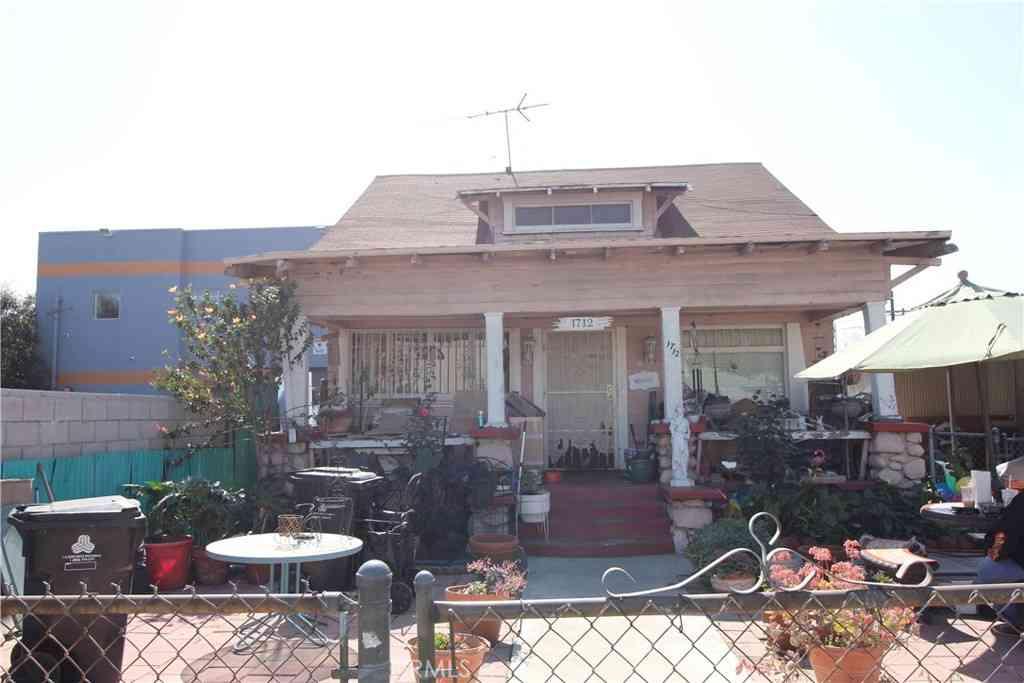 1712 E 41st Place, Los Angeles, CA, 90058,