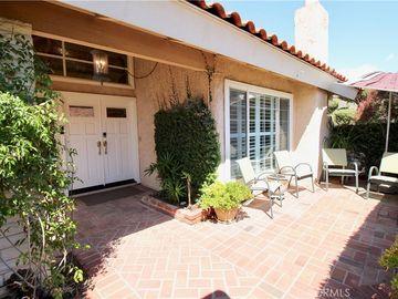 5 Cypress Tree Ln, Irvine, CA, 92612,
