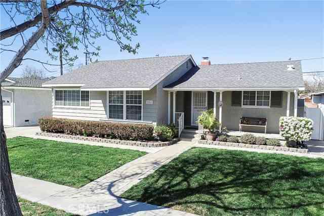 3251 Knoxville Avenue, Long Beach, CA, 90808,