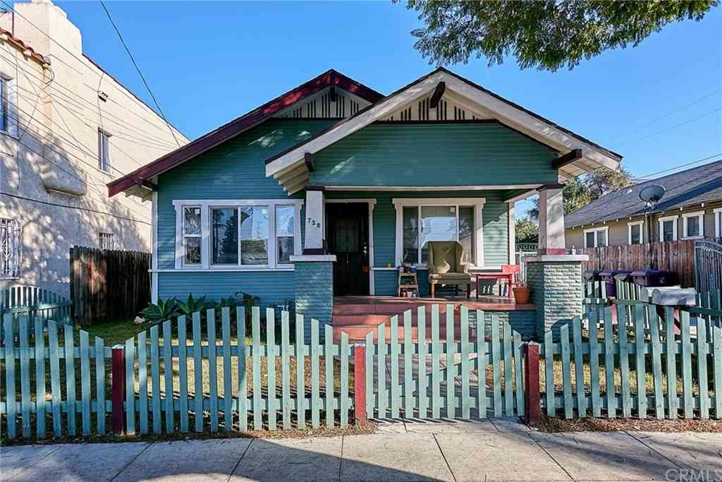 736 Walnut Avenue, Long Beach, CA, 90813,