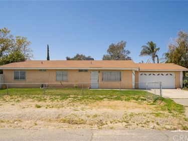 18393 9th Street, Bloomington, CA, 92316,