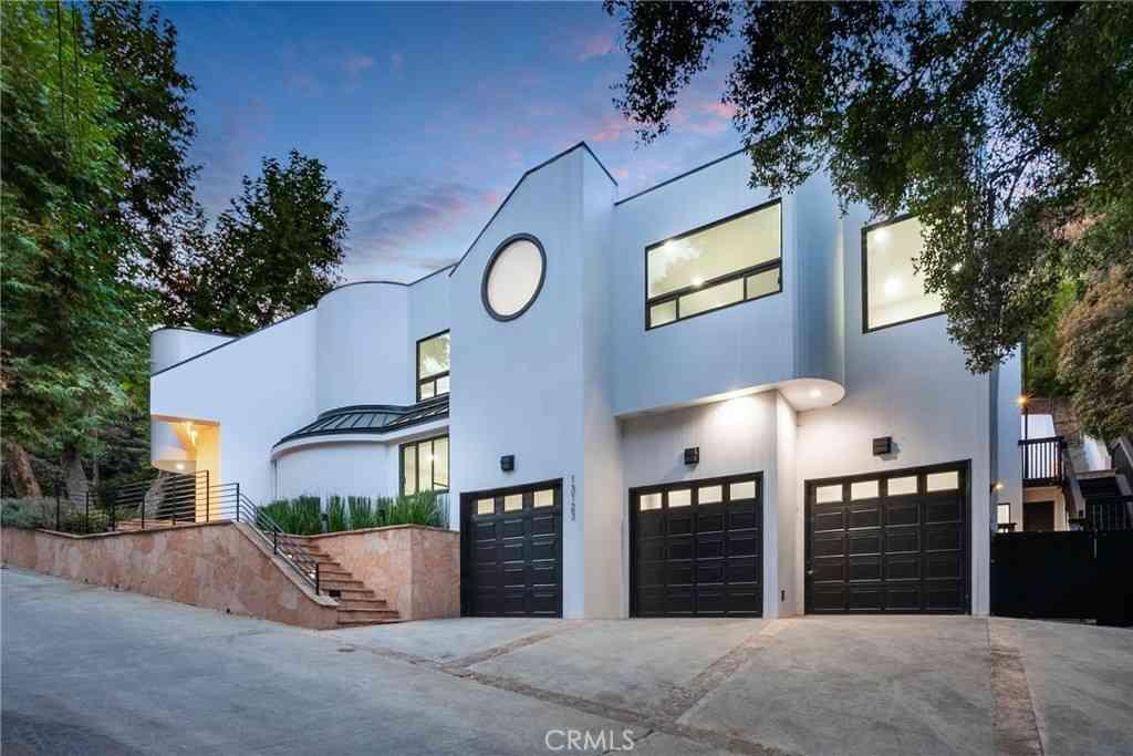 13123 Garden Land Road, Los Angeles, CA, 90049,