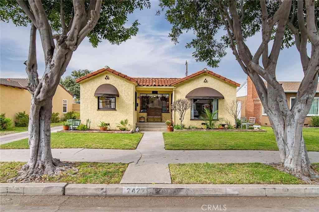 2427 Pine Avenue, Long Beach, CA, 90806,